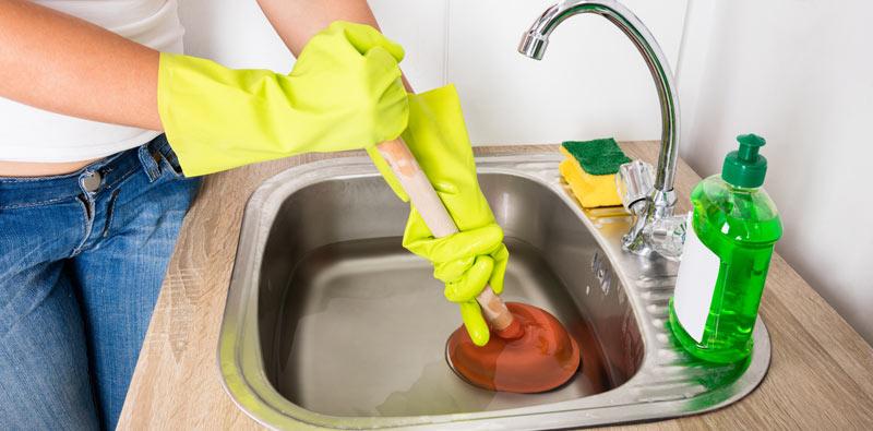 Astuces efficaces pour le débouchage de canalisations